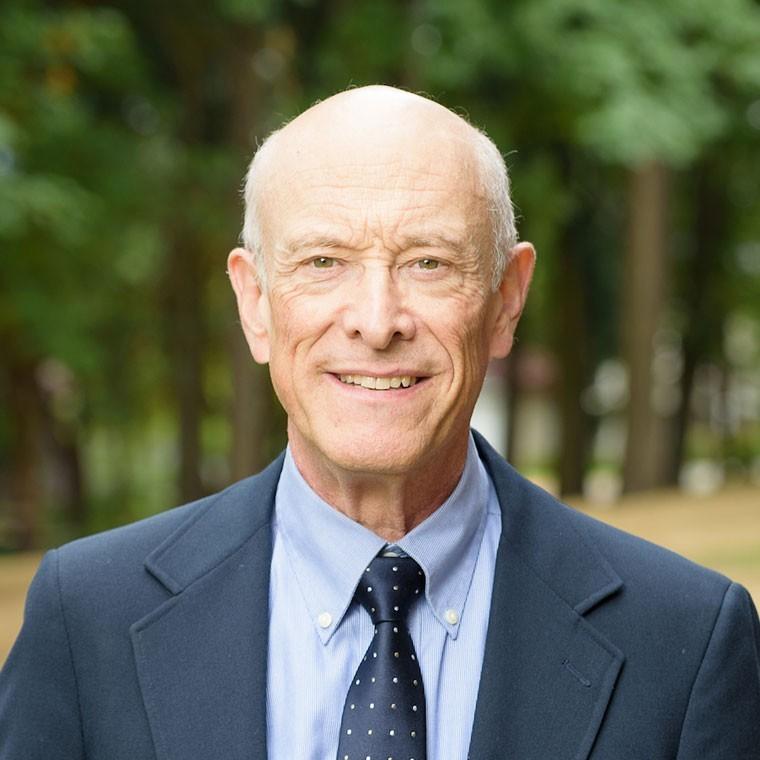 Dr. Kevin Leach