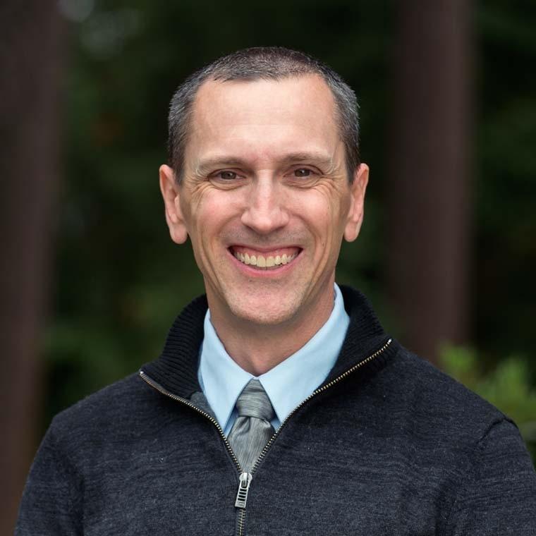 Dr. Matthew Vraa